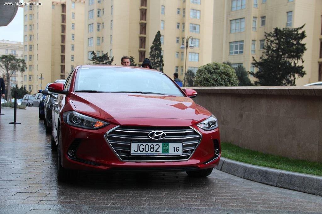 Тест-драйв новой Hyundai Elantra: Скульптурные грани