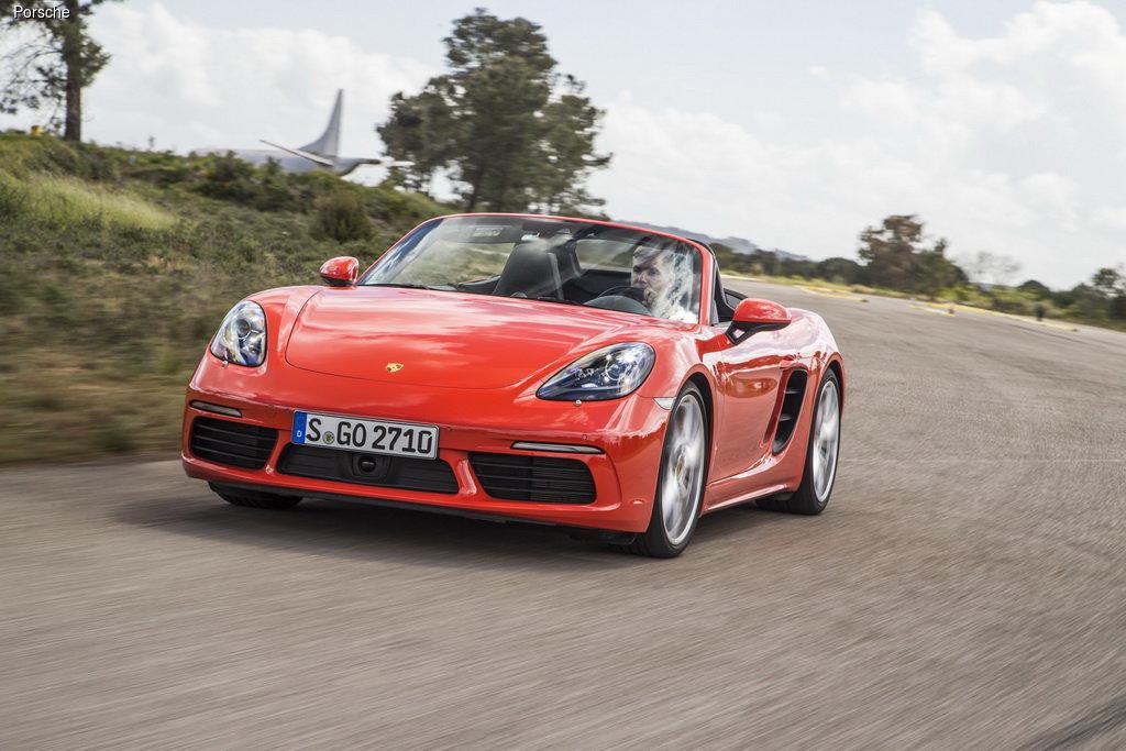 Тест-драйв Porsche 718 Boxster S: Спортивное наследие
