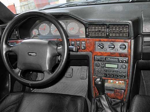 Наверное, Volvo 900-й серии
