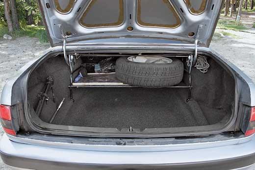 ГАЗ 3110, багажник