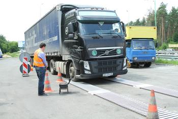 Система весового контроля на украинских дорогах насквозь пропитана коррупцией