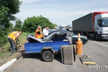 Под Николаевом демонтировали весовой комплекс для грузовиков