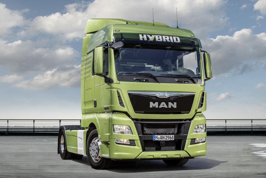 Магистральный гибридный тягач MAN TGX Hybrid