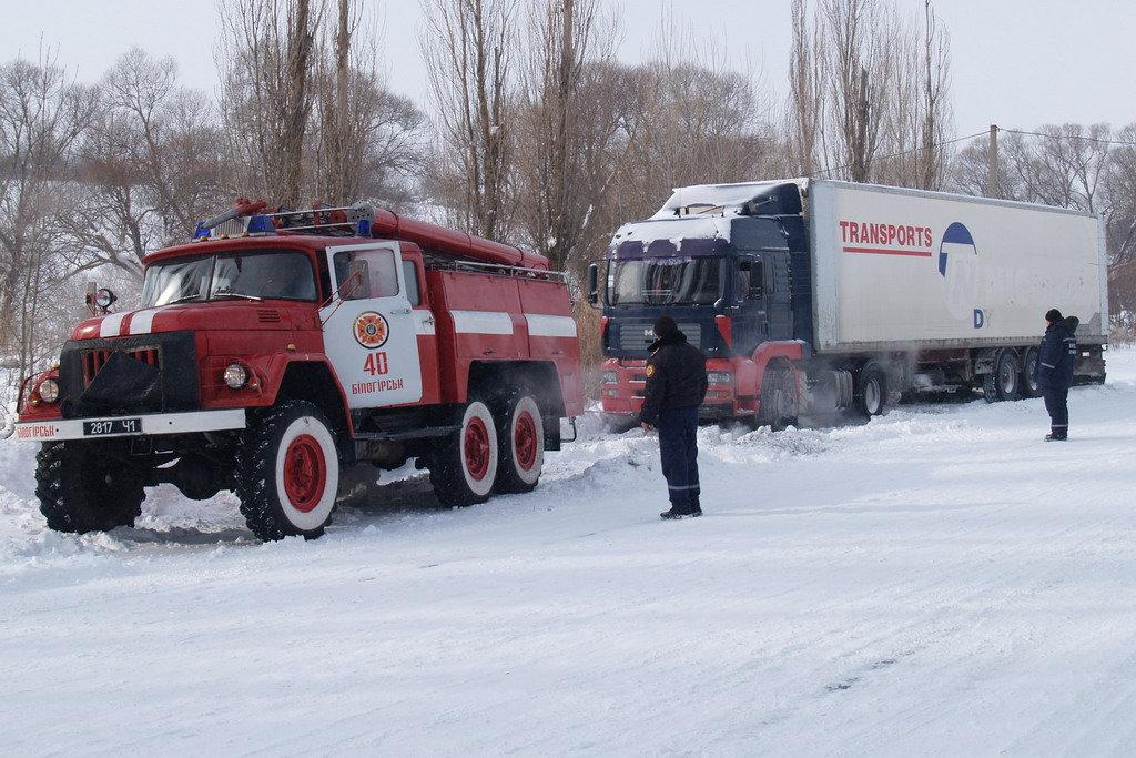 На автодорогах Крыма ограничат движение