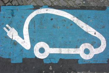 Льготы электромобилям в Украине: за и против