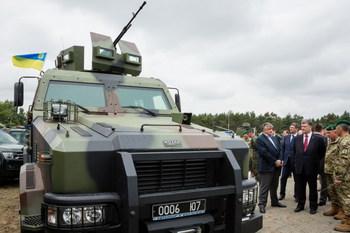 Нацгвардия вооружилась бронеавтомобилями «Козак-II» (+ВИДЕО)