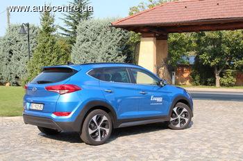 Тест-драйв Hyundai Tucson 2015: Тусан и Кустурица