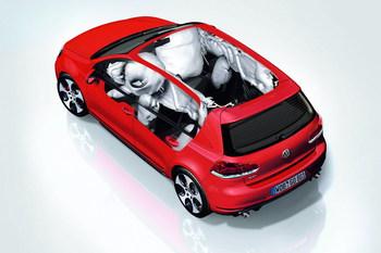 Над Volkswagen навис еще один скандал - c аварийностью