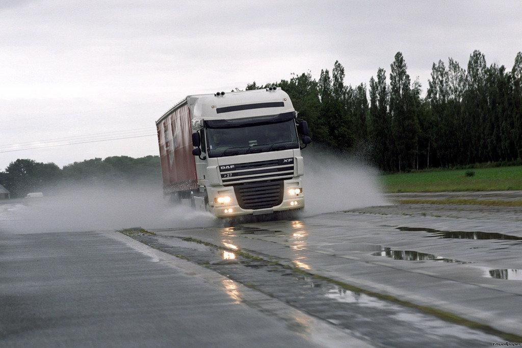 Только через Беларусь: Напрямую изУкраины в РФ невъехать