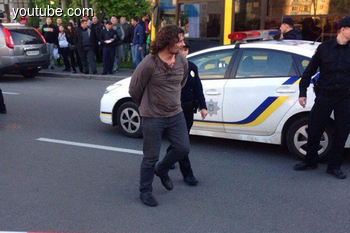 Новые подробности драки полицейских с водителем Infiniti QX56 (+ Видео, фото)
