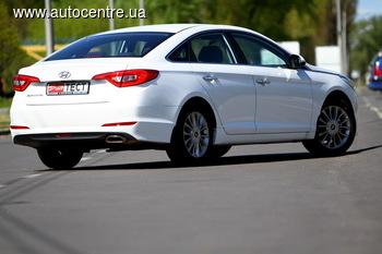 У нас на тесте: Hyundai Sonata