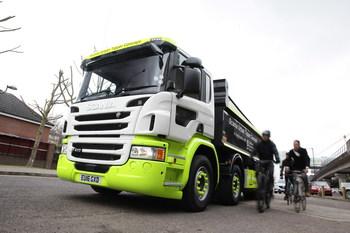Scania показала «гуманный» самосвал (+ВИДЕО)
