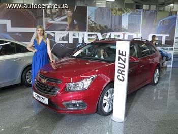 Столичное Автошоу 2016: обновленные Сhevrolet Cruze и Chevrolet Captiva