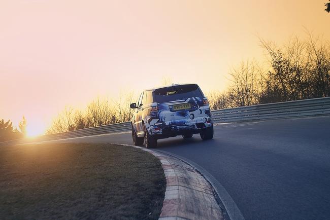 Range Rover готовит самый быстрый за всю историю автомобиль