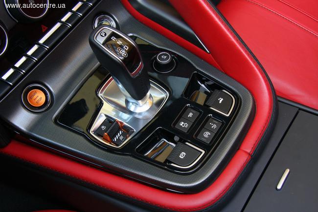 Тест-драйв Jaguar F-Type S