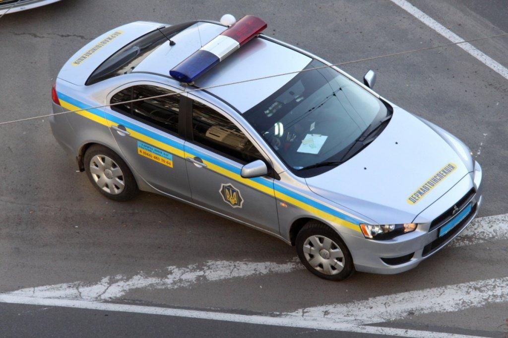 Оплата штрафа в машине ГАИ - взятка или новая услуга?