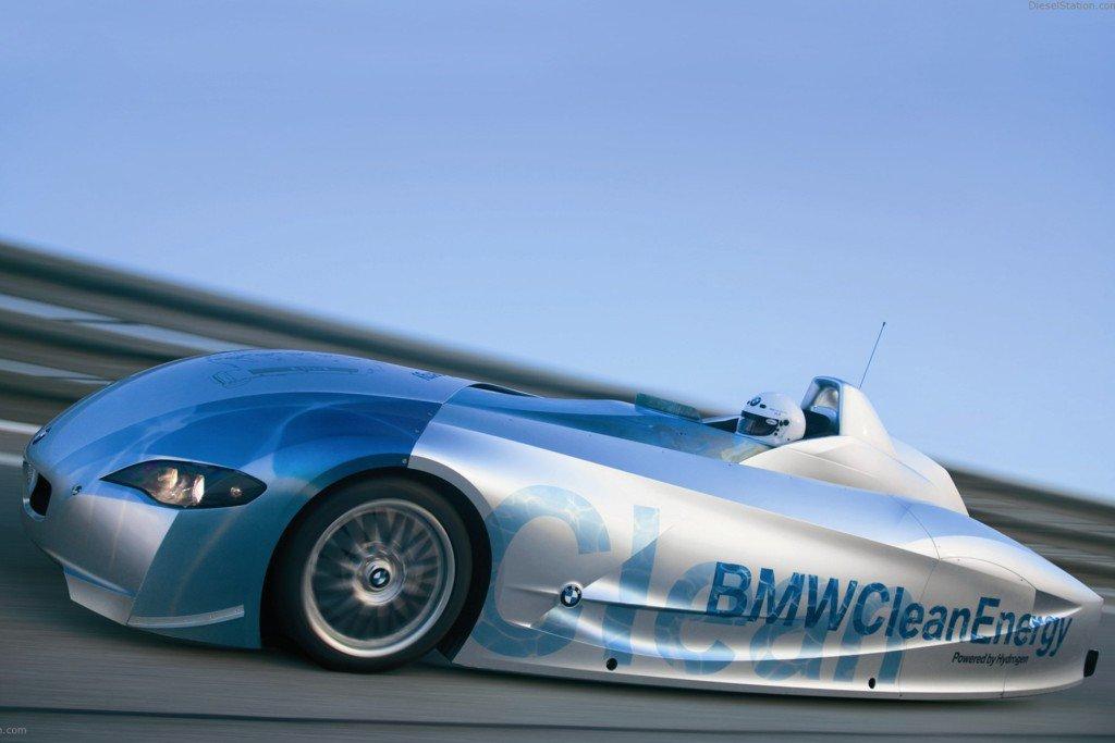 BMW выпустит серийный авто на водороде