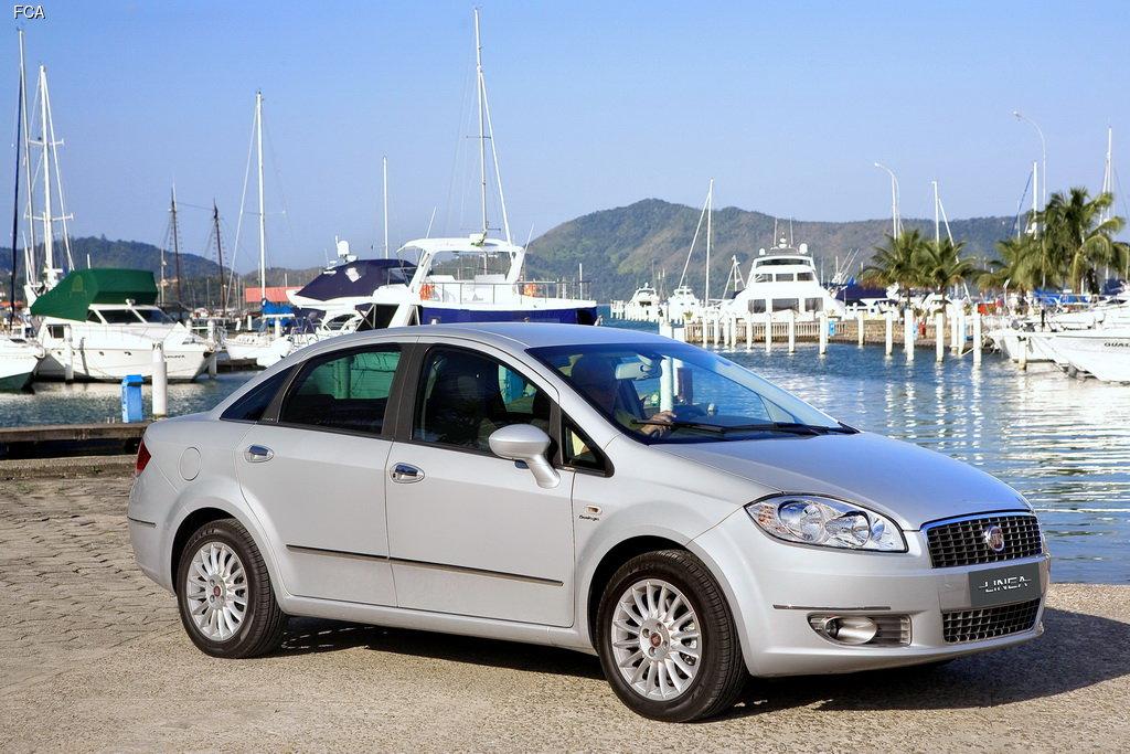 Fiat покажет в Стамбуле новый седан