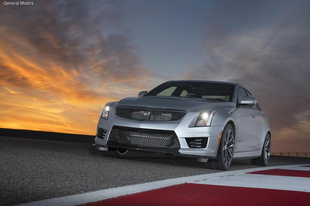 Cadillac ���������� ������������� ������ ATS-V