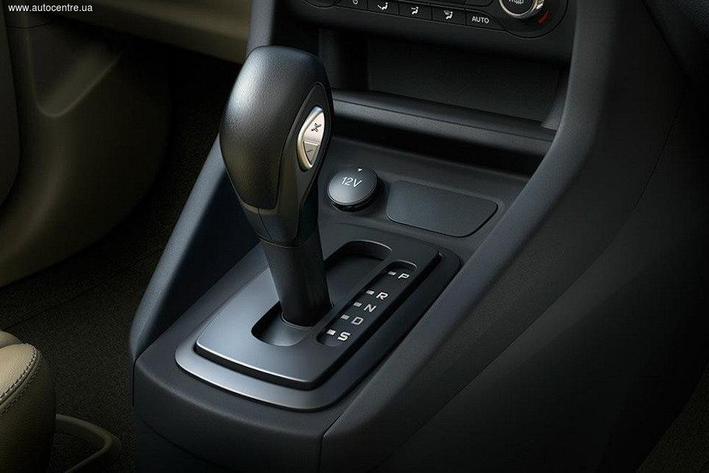 Ford показал седан-компакт