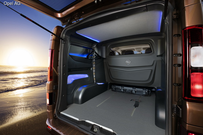 Opel представил концепт Vivaro для активного отдыха