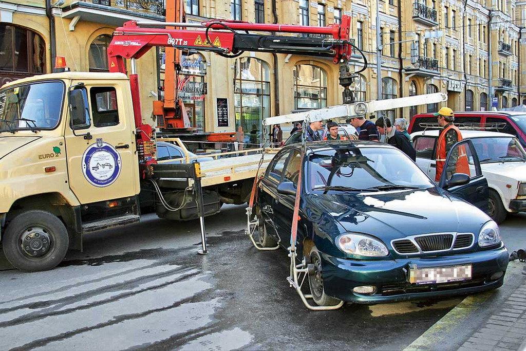 Когда полиция будет эвакуировать автомобили
