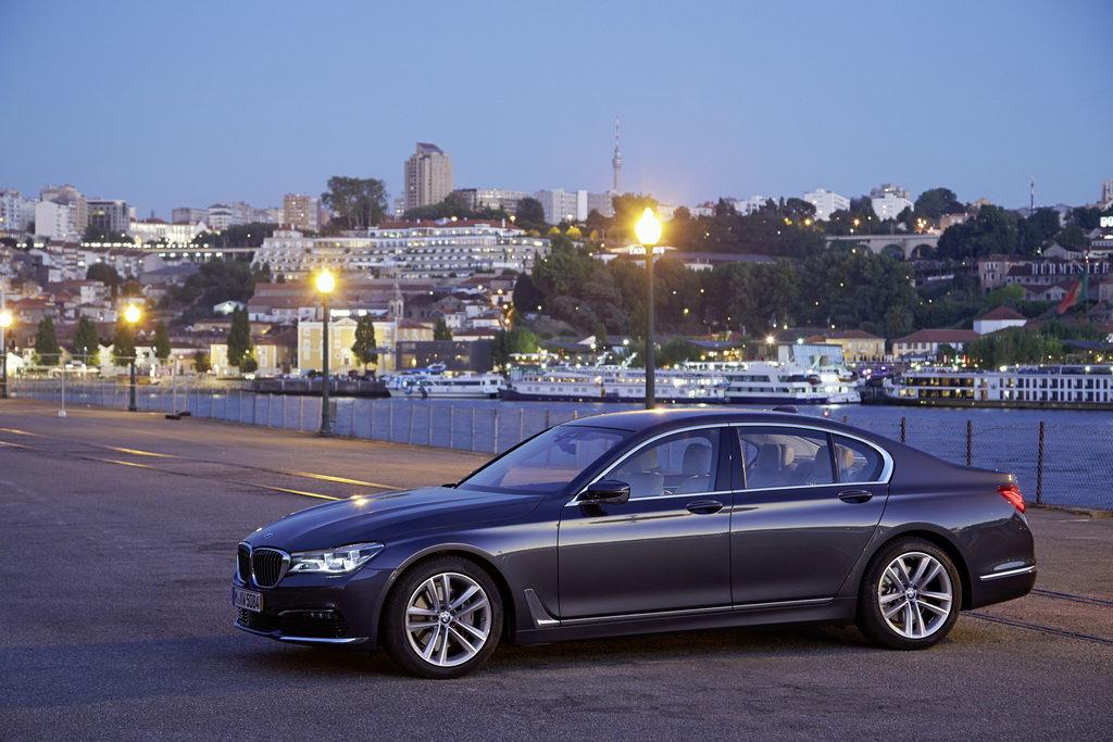 Претендент на «Автомобиль года в Украине 2016» в бизнес- и люкс-классе: BMW 7-серии