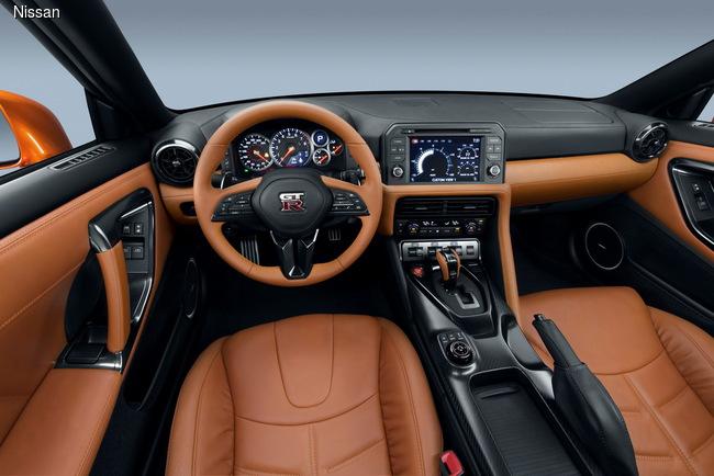 ���-�������� ��������� 2016: Nissan GT-R ��������� � ���� ������