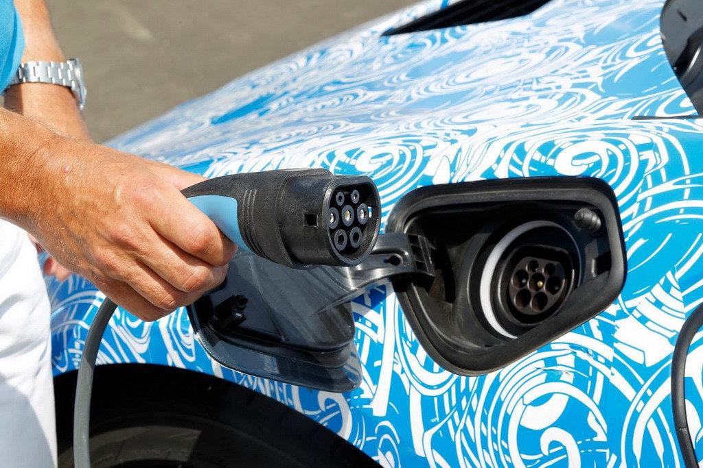 Государство будет доплачивать за покупку электромобиля круглую сумму
