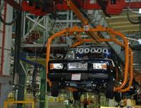 На «ИжАвто» выпущена 100-тысячная Lada 2104