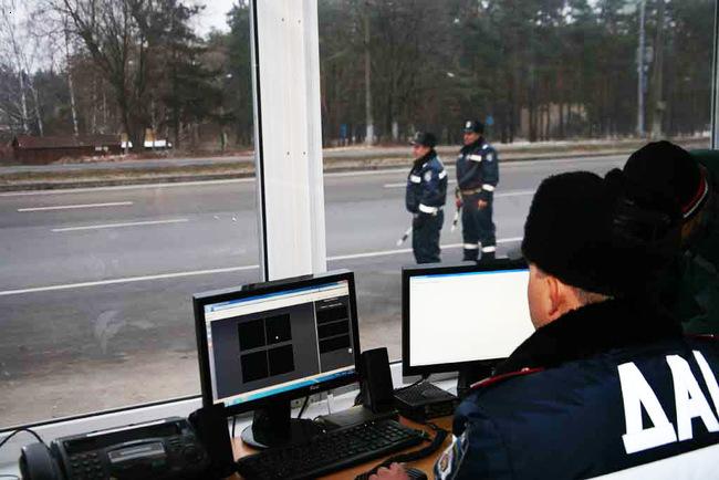 Сотрудников ГАИ могут убрать с украинских дорог