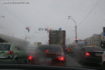 Езда в дождь не прощает ошибок