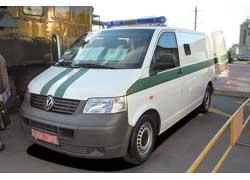 Броневик для инкассаторов на базе фургона VW Transporter T5 показала немецко-украинская автомобильная компания «ДУАЦ».