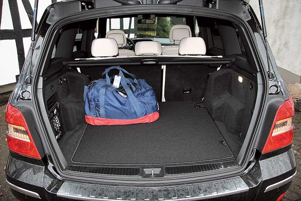 размер багажника мерседес 350