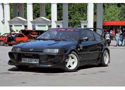 Во львовском Парке культуры были автомобили, в которых достойно звучали не только громкоговорители, но и моторы.