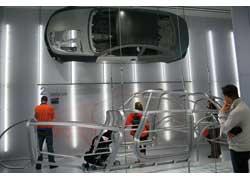 Экспозиция «Легкие сооружения» рассказывает о технологии изготовления кузовов с максимальной экономией веса.