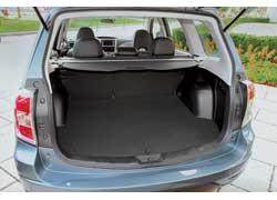 Багажник объемом 450 литров, дорожный просвет 21,5 см и запас хода 1000 км – идеальное сочетание для дальних путешествий на дизельном Subaru Forester.