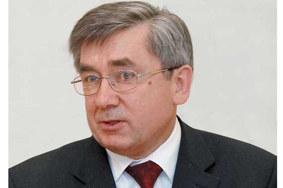 Вице-президент корпорации «УкрАвто» Олег Папашев