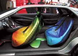 Гибридный (150+50 л. с.) концептуальный кроссовер Citroёn Hypnos – предвестник дебютного французского внедорожного купе, которое появится в 2010 году.