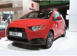 Дизайн Mitsubishi Colt нового поколения приобрел фамильные черты старшего «собрата» Lancer.