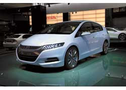 Цена пятиместного Honda Insight с гибридной силовой установкой не превысит 20 тысяч долларов.