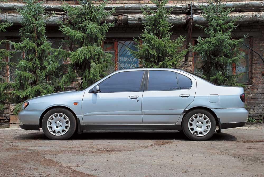 что лучше mazda 626 или nissan primera 1995 года?
