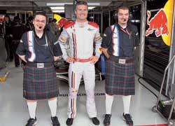 Прощание Дэвида Култхарда с Формулой-1 вышло неудачным – он сошел уже на первом круге.