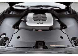 Самый мощный FX оснащен 5,0-литровым V8, развивающим 400 л. с. – на 93 л. с. больше, чем у 3,5-литрового предшественника.