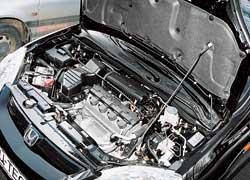 Двигатели Civic более требовательны – каждые 45 тыс. км они нуждаются в регулировке тепловых зазоров клапанов.