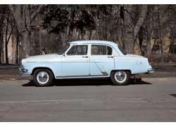 То, что это не «обычный» ГАЗ-21, можно понять лишь тогда, когда автомобиль тронется, точнее, бесшумно двинется с места.