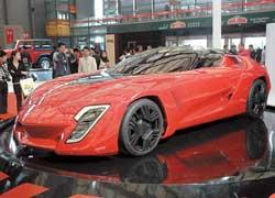 Итальянское ателье Stile Bertone показало прототип Mantide, построенный на агрегатах Chevrolet Corvette ZR1. 638-сильное купе развивает 351 км/ч.