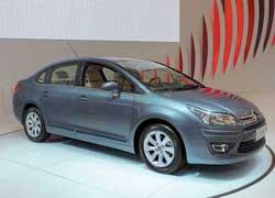 В основу нового седана Citroёn C-Quatre лег рестайлинговый C4. Автомобиль оснащается бензиновыми двигателями объемом 1,6 и 2,0 литра. Производство модели для китайского рынка начнется уже в июне текущего года.