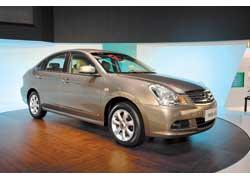 Среднеразмерный (длина 4665 мм) седан Nissan Sylphy для китайского рынка оснащается бензиновыми моторами объемом 1,6 л (117 л. с.) или 2,0 л (143 л. с.).