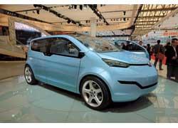 Дизайн концепта Brilliance EV выполнен на уровне лучших мировых образцов. Оригинальный компактвен может оснащаться одним или сразу двумя электромоторами (22+47 кВт).